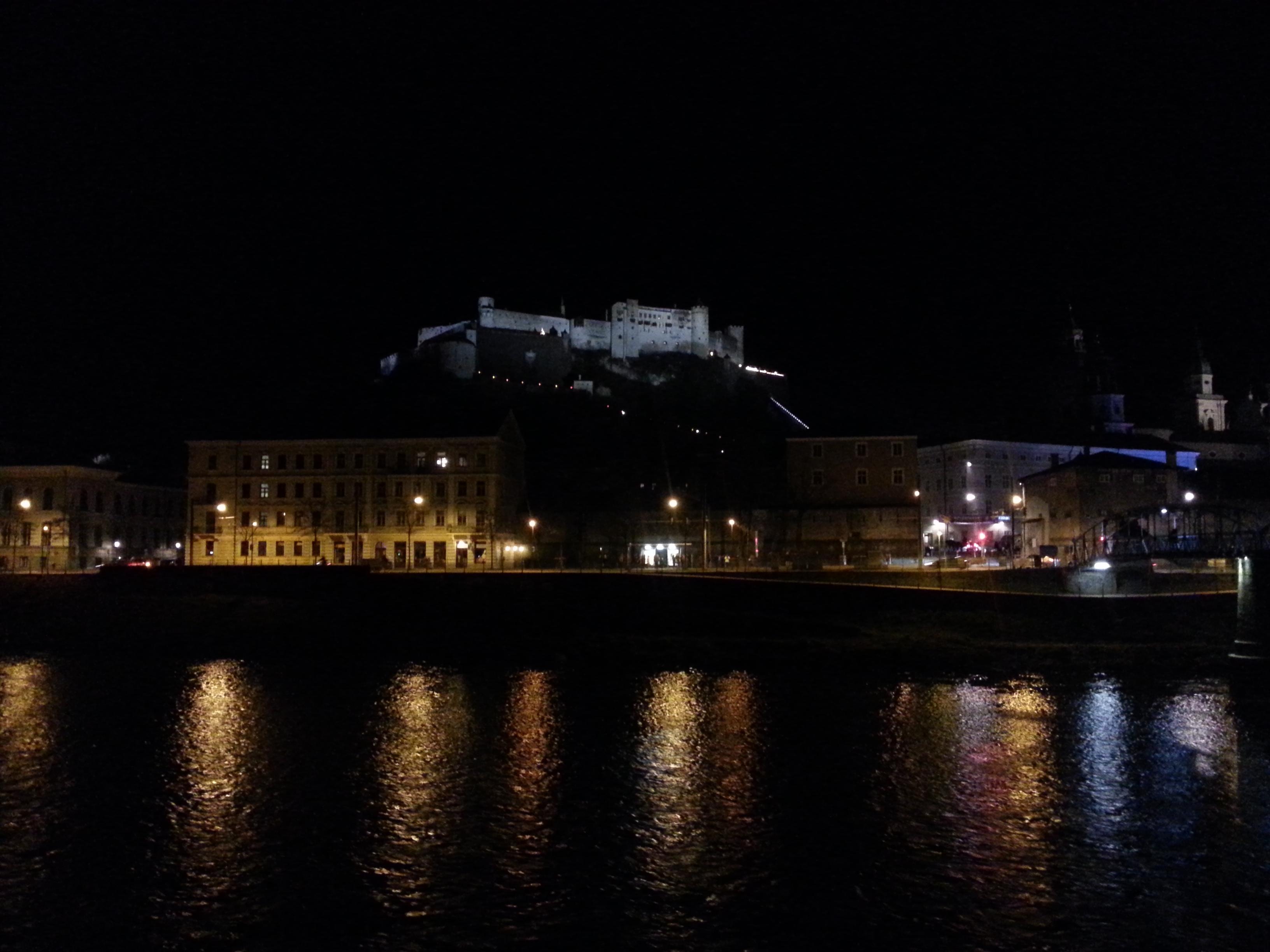 Salzburg Panorama Burg Nacht